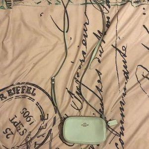 Mint long-body strap pouch